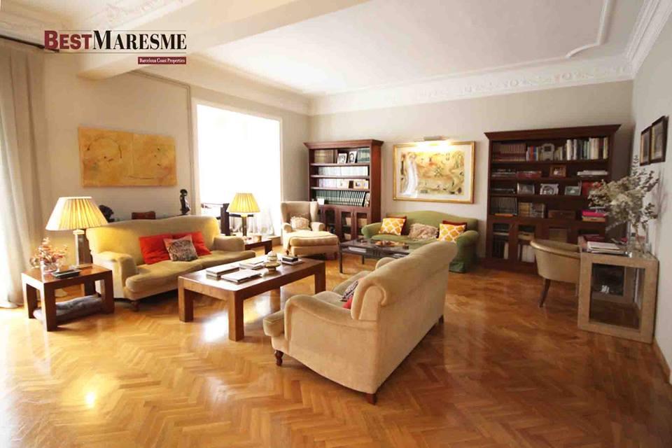 Fantástico piso en la calle Muntaner, totalmente rehabilitado