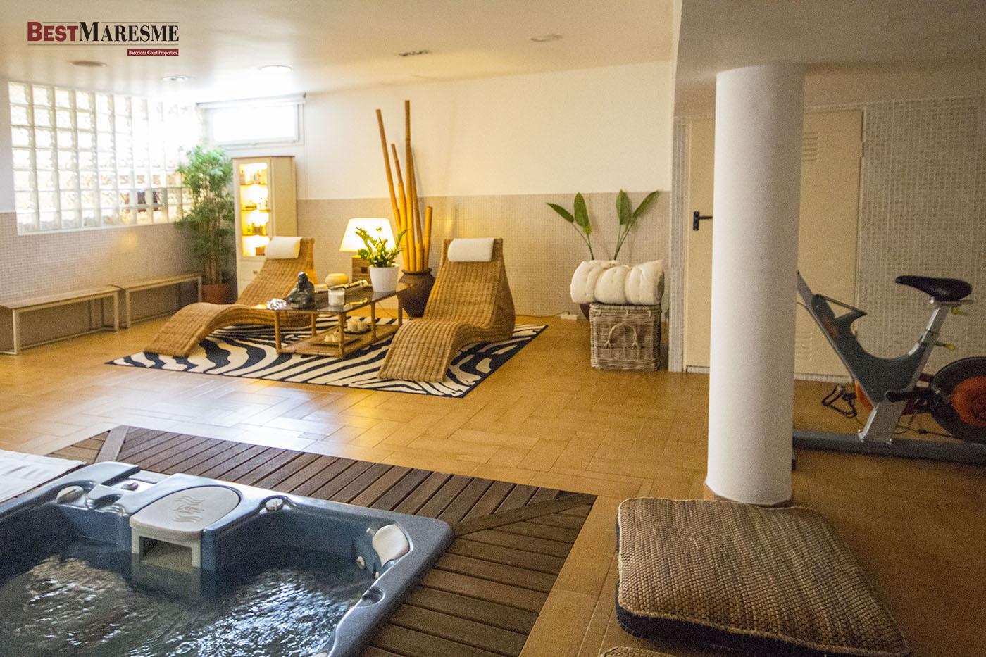 Nuestras casas en venta con spa o gimnasio bestmaresme - Casa con gimnasio ...