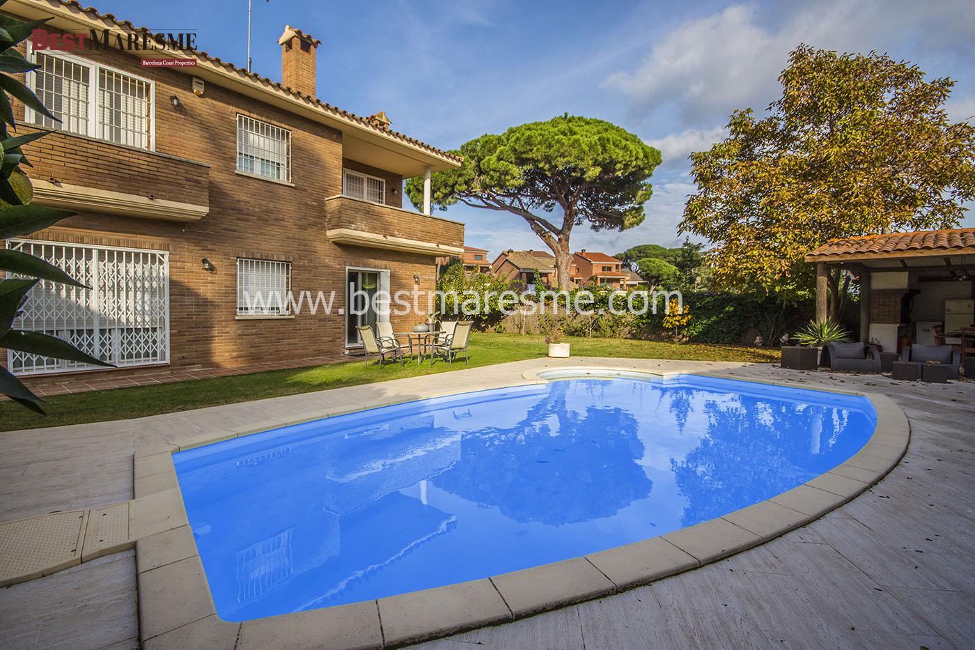 Luxury house in Argentona