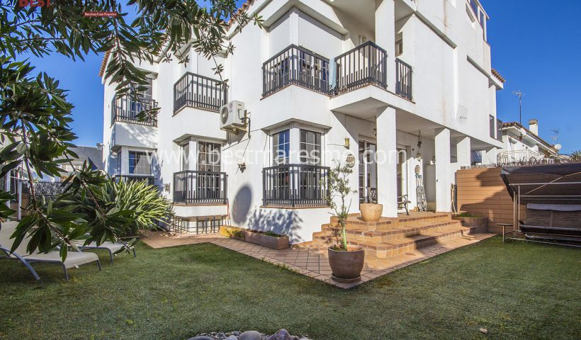 Preciosa casa pareada
