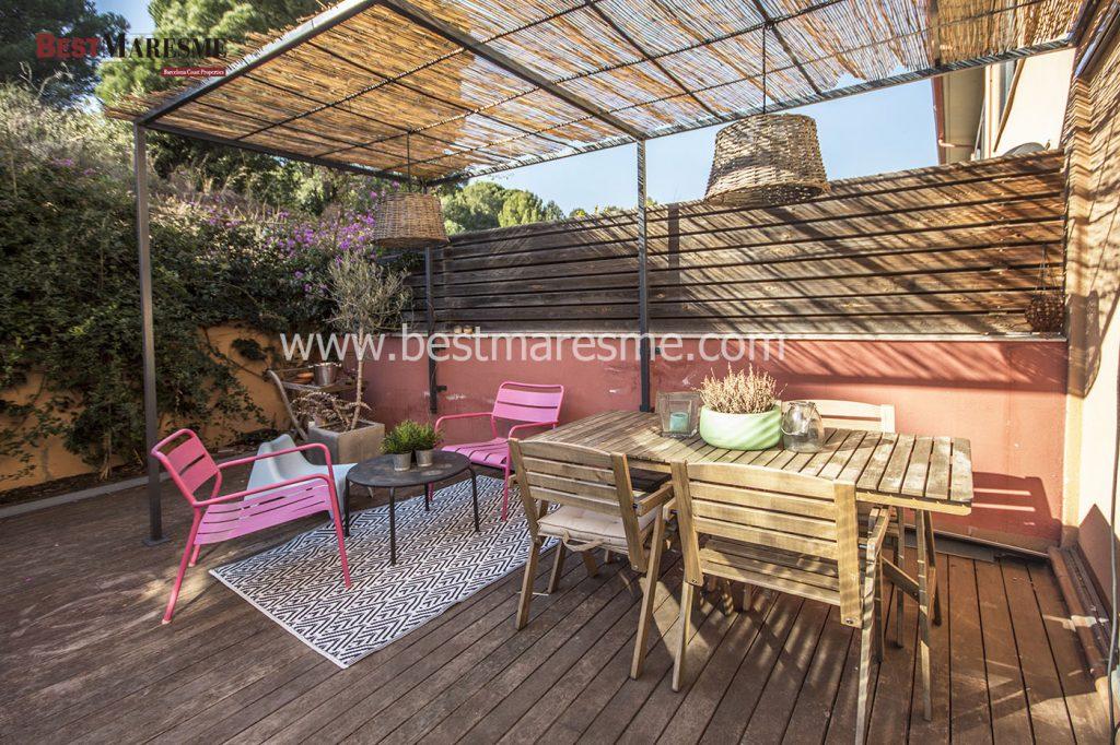 Casa adosada a la venta en zona residencial de Tiana