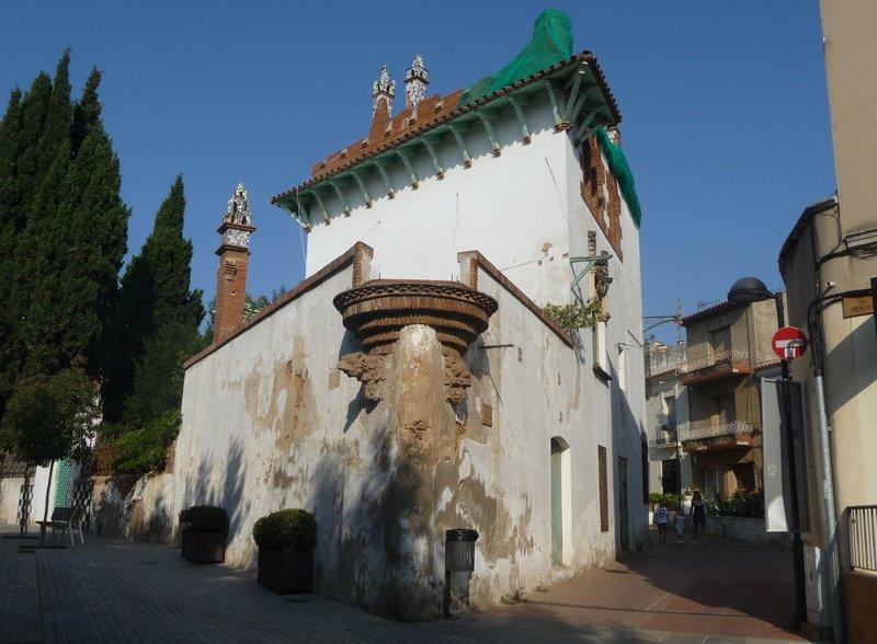 Argentona. Casa Puig i Cadafalch, a la plaça de Vendre