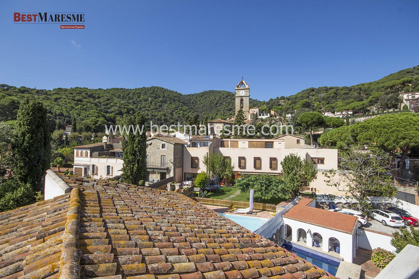 Vistas de la casa al pueblo de Premia de Dalt