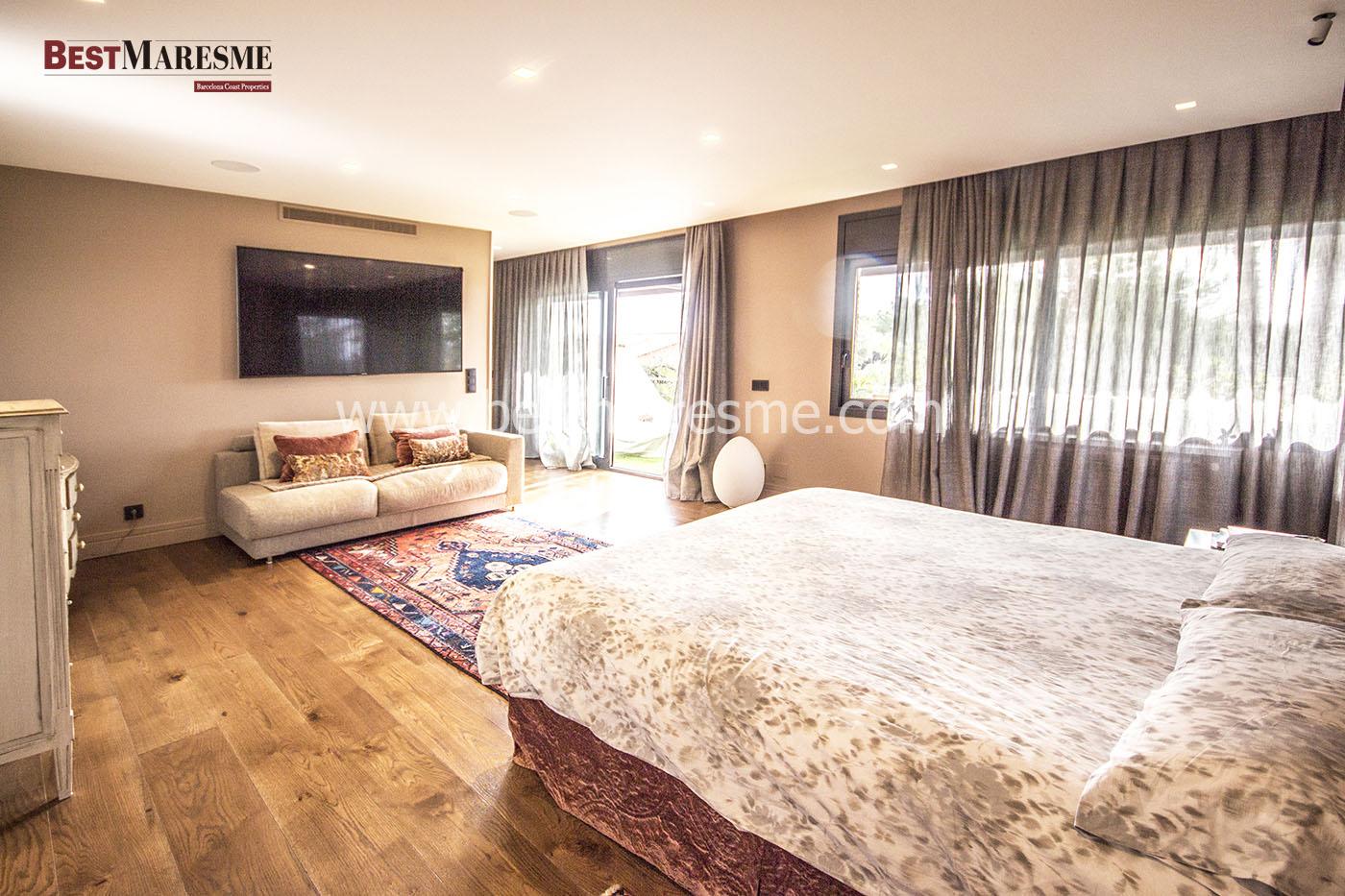 Suite con vestidor, dos baños, terraza y despacho