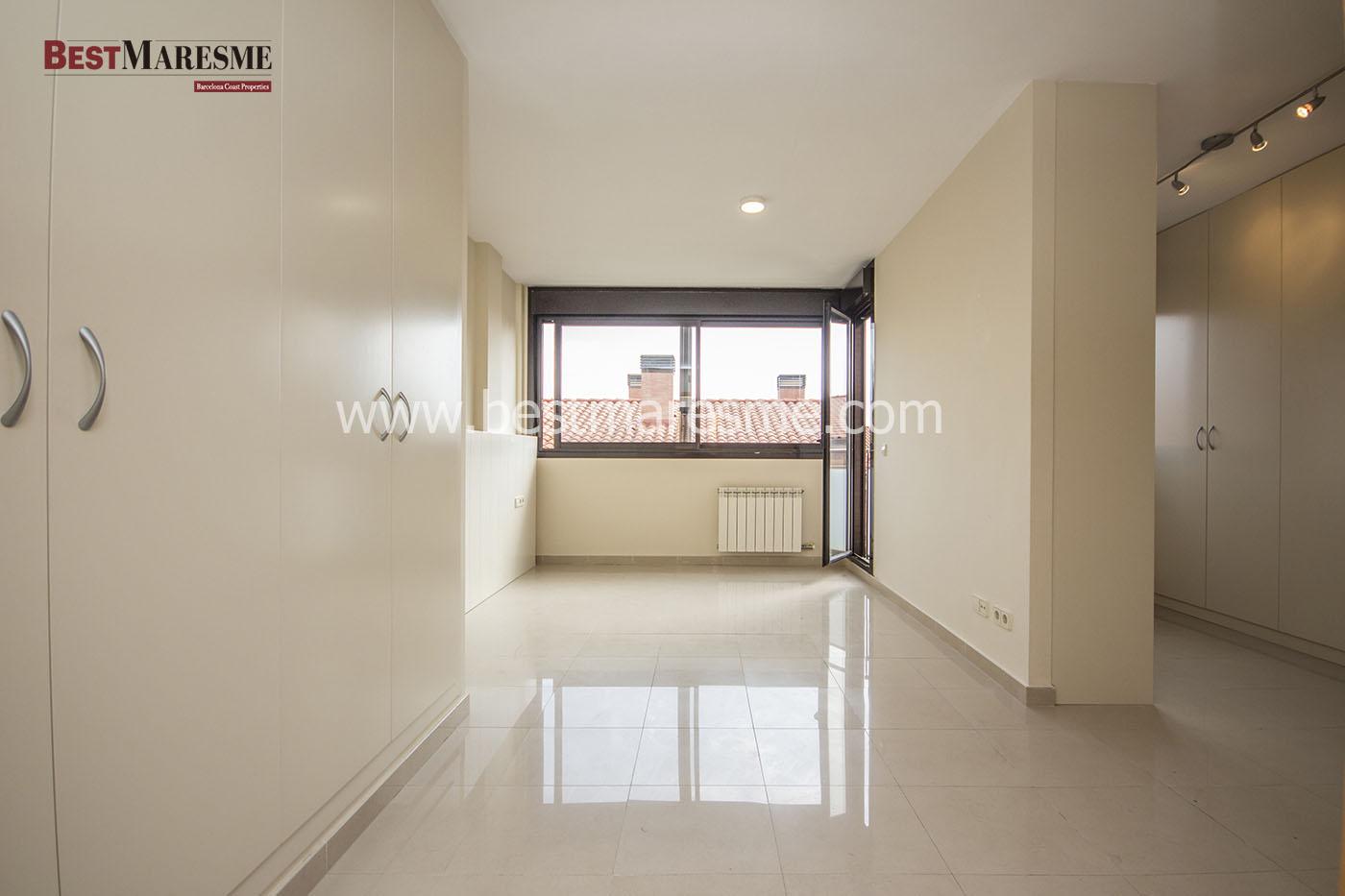 Habitación suite con vestidor y terraza privada
