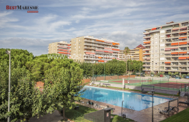 Apartment located next to the beach with communal area