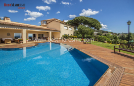 Excellent Mediterranean style villa, 800 m² built, located on a 5,000m2 plot