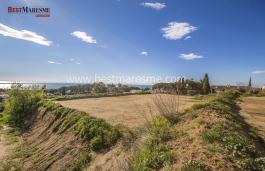 Fantastic plot with views in Sant Viçenç de Montalt center