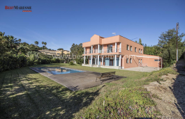 Fantastic detached luxury property distributed on two floors, in a residential area near the center of Sant Andreu de Llavaneres