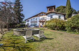 Cozy country house in the center of Cabrils from the year 1920 and completely renovated in 2004