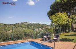 Belle propriété (avec licence hotelìere à renouveler) dans le village viticole d'Alella