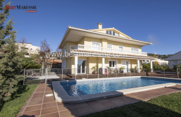 Luxurious classic style villa in the town center of Teià, built in 2001,  a 400m2 surface constructed area on a 580m2 plot.