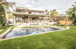 Elegante propiedad de 500 m2 en urbanización privada