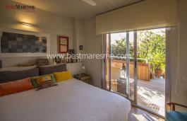 Квартира находится в эксклюзивном жилом комплексе , расположенном на тихой улице в красивом городке Кабрера-де-Мар.