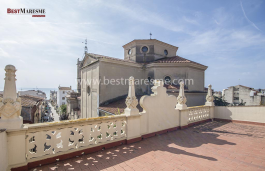 Historic and unique property of Indian style, located in the most exclusive area of Vilassar de Mar
