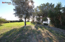Build your dream house on a flat plot overlooking spectacular Mediterranean views