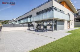 Promoción de casas, todas están localizadas en una bonita zona residencial con piscina comunitaria
