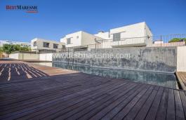 Belle maison de construction récente située dans un complexe résidentiel exclusif et calme