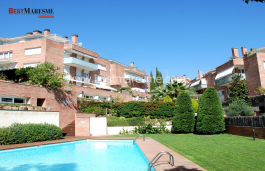 Large terrace with fantastic sea views, is a privilege to enjoy the climate of the Maresme