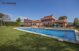 A jewel in Maresme, maximum privacy and fantastic sea views