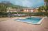 Дом с бассейном в центре Кабреры де Мар